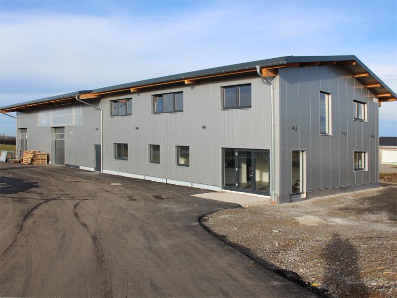 Fabelhaft Halle mit Büro bauen: individueller Bau zum Preis einer Fertighalle #BQ_14